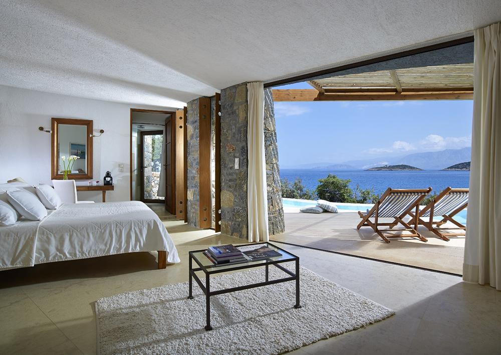 Hotel St-Nicolas Bay