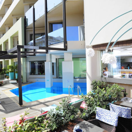Piscine de l'hôtel Steris Elegant Beach à Rethymnon