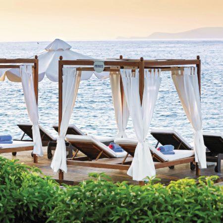 cabanes bord de mer de l'hôtel Aldemar Royal Mare Crète